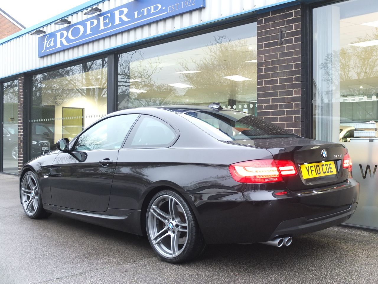 BMW 3 Series 3.0 325d M Sport Coupe 2dr Automatic +++Spec Coupe Diesel Black Sapphire Metallic